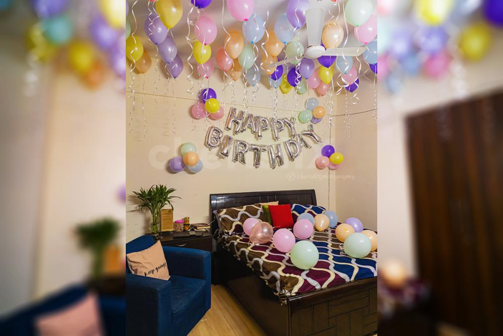 Book amazing pastel decoration at home hassle free and with top quality