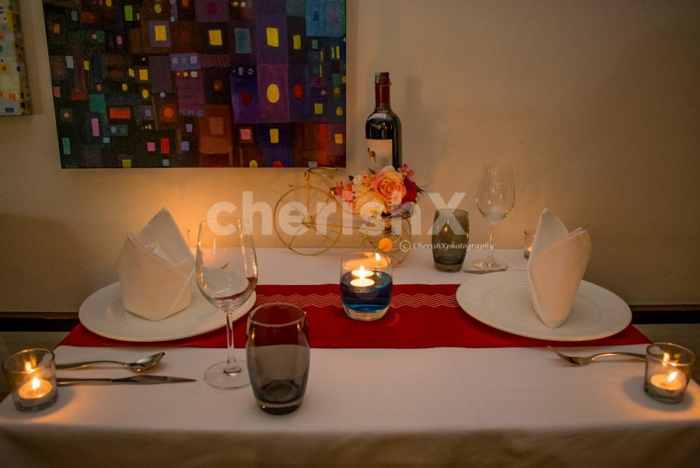 romantic dinner and stay with stay at Radisson udyog vihar