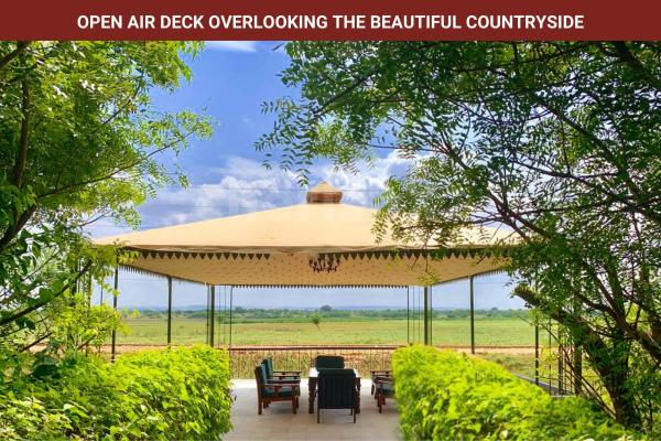 Open Air Deck overlooking beautiful Countryside