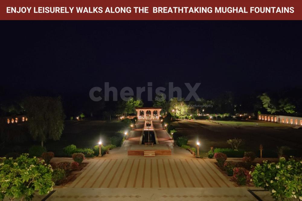 Enjoy Walks across Mughal Fountains at Night