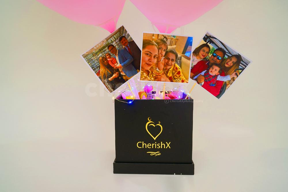The bucket can have your personalised photos to create a special moment for your loved one.