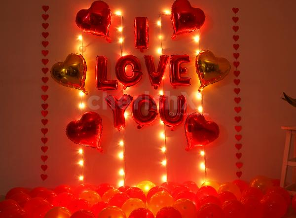 A Romantic Balloon Room Decoration to Surprise Your Partner on Anniversary or Birthday.