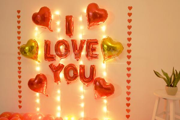 Surprise your Loved one with this Balloon Room Decoration.