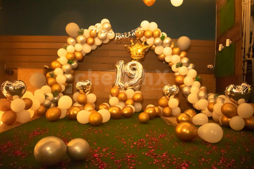 Silver, White and Golden Balloons Decoration