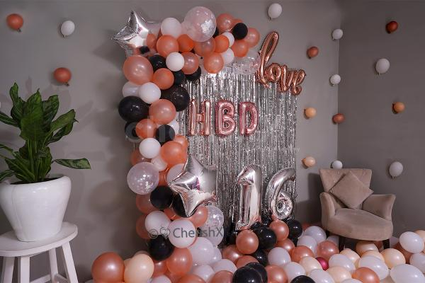 Star, Confetti and love cursive balloons for your balloon room decoration.
