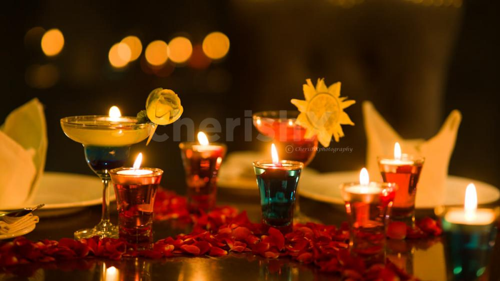 Candlelight dinner for your special occasions in dwarka