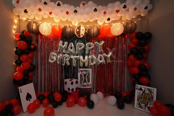 You can have a Casino Theme Party with this look from the glitz of Las Vegas and the elegance of Monte Carlo.