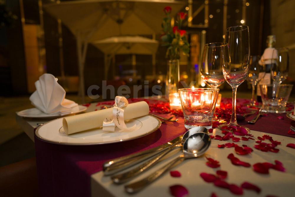 Beautiful private open air dining in gurgaon