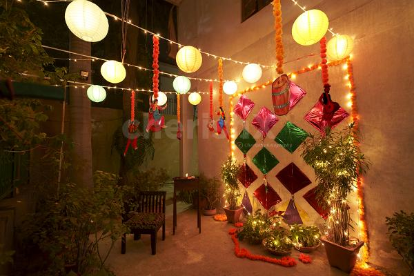 Garden Lohri Decoration