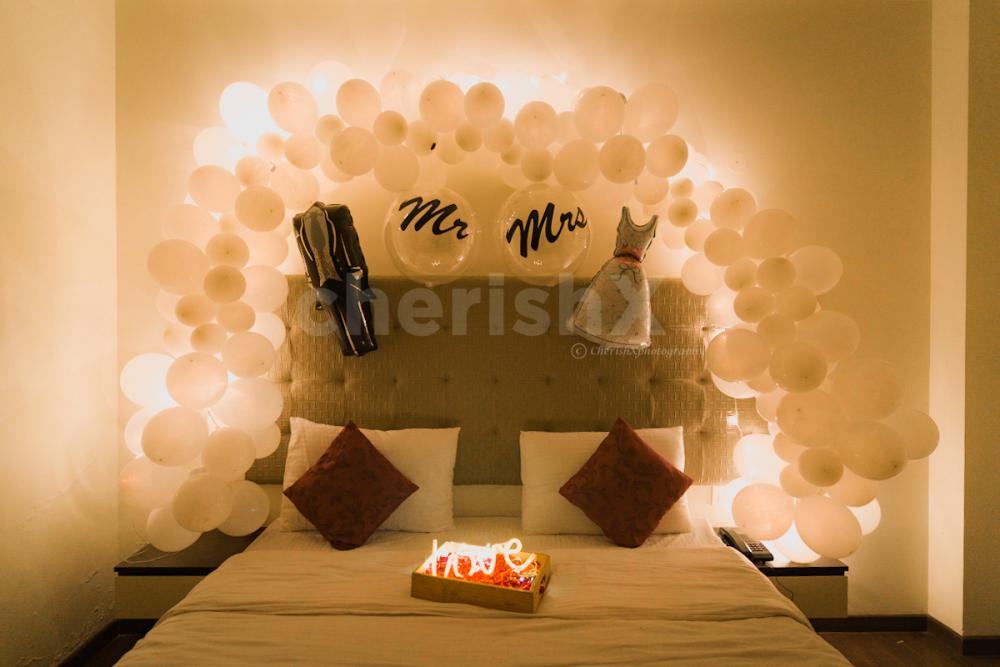 Premium Just Married Decoration For Couple