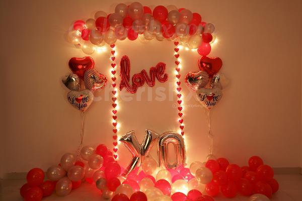 Romantic Red Love XO Decor