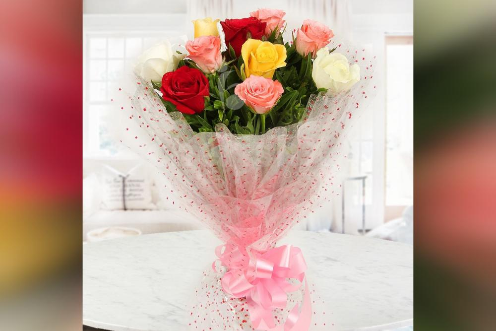 10 Mixed Roses in cellophane Bouquet