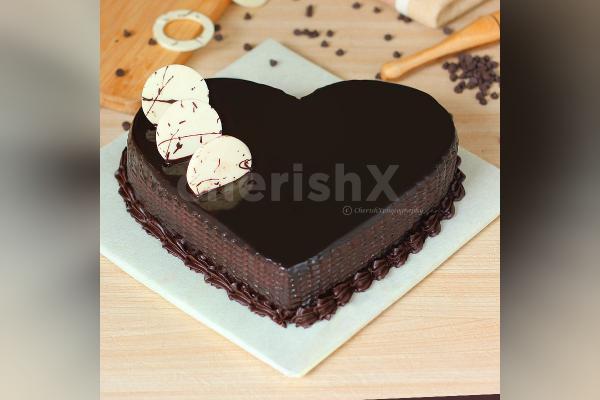 Kitkat Cake for Mom