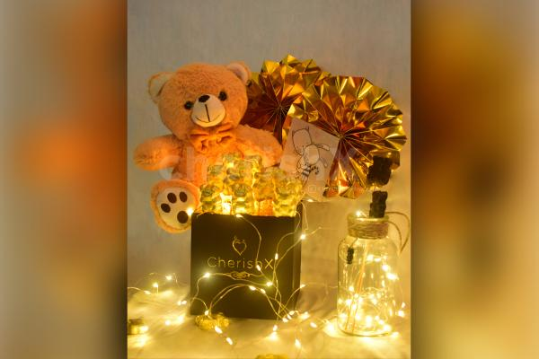 Create a beautiful moment by gifting your partner a cute Teddy Day Bucket offered by CherishX!