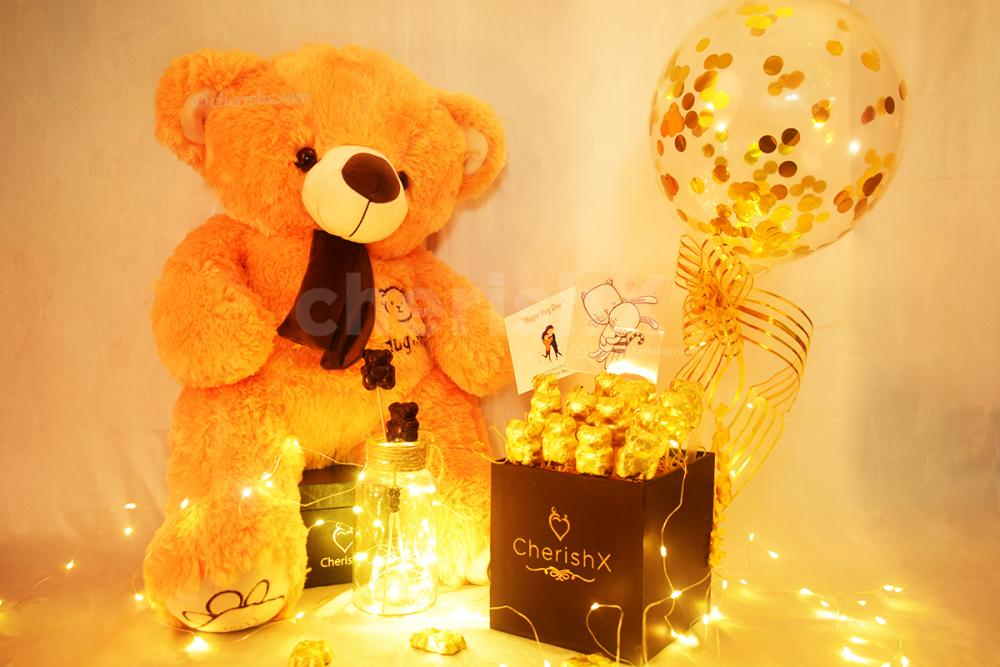 Shower your love this Teddy Day by gifting CherishX's Teddy With Balloon Bucket !!
