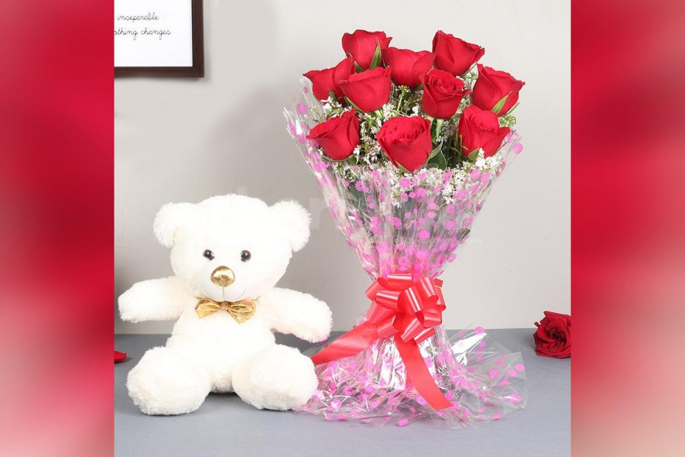 Wish birthdays and anniversaries with a bouquet of roses and a cute teddy.
