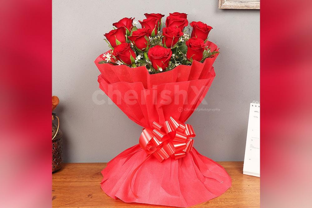A bouquet or 12 Red Roses to surprise your close ones.