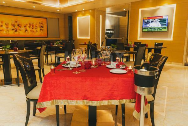 Romantic Dining by Radisson CP