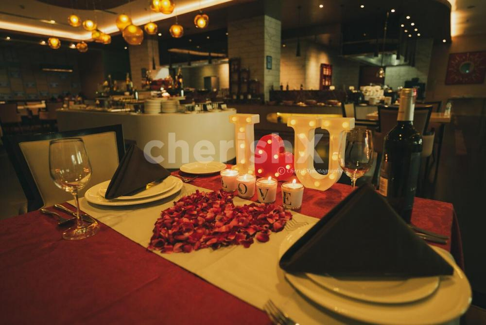 Romantic Lunch by Radisson