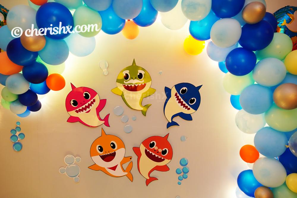Book this wonderful decor to make your child's birthday awesome!