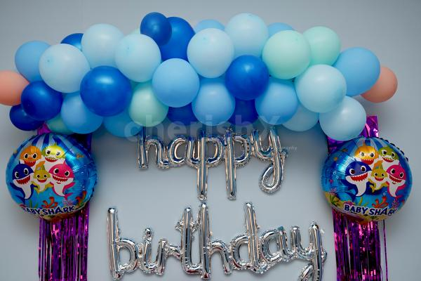 Surprise your child with Baby Shark Birthday Decor to have a memorable celebration!