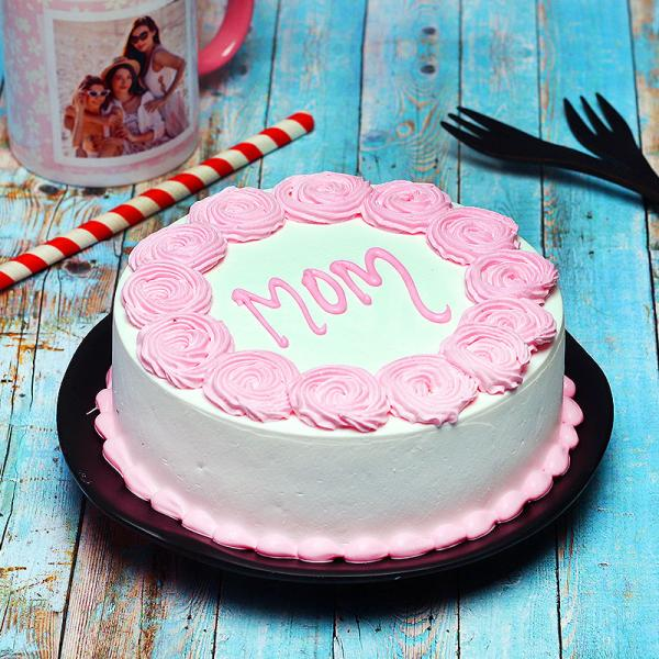 Delicious Cake for Mom