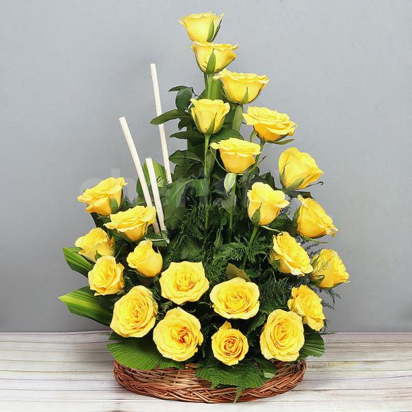 25 Yellow Roses in a Basket