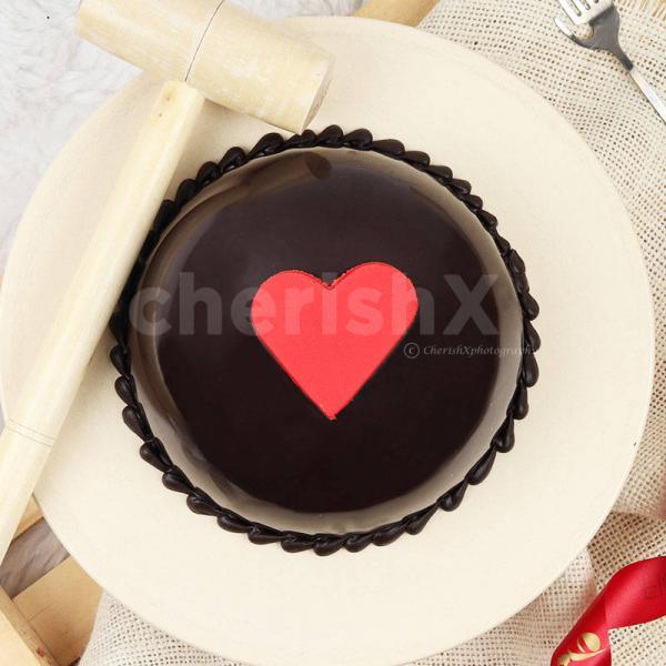 Red Velvet Pinata Cake