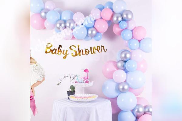 2. Make your baby shower celebration memorable by adding a pastel balloons baby shower decor!
