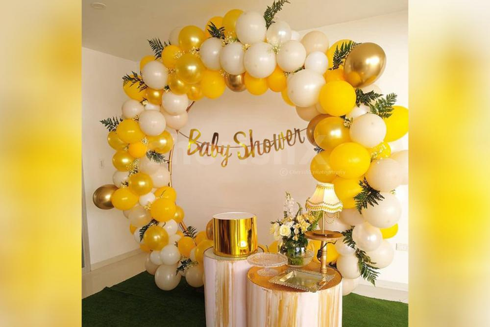Surprise your close ones with CherishX's Gold Ring Balloon Decor!