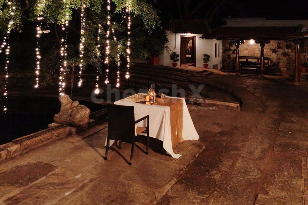 Pond Side Heritage Luxury Dinner