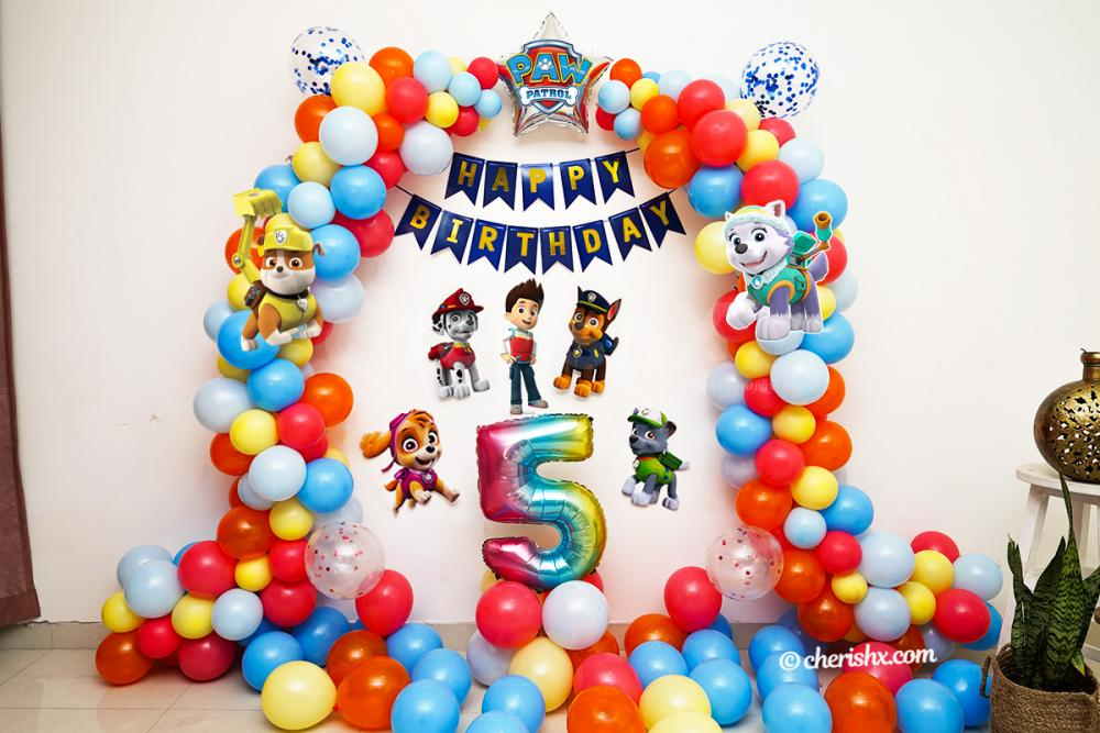 Surprise your child on his/her birthday with this colourful PAW Patrol Themed birthday decor!
