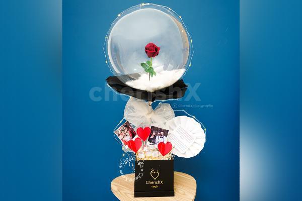Elegant Rose in Balloon Bucket