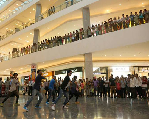 Straight out a movie scene, with CherishX's personalised flashmob is sure to make your partner go spellbound!