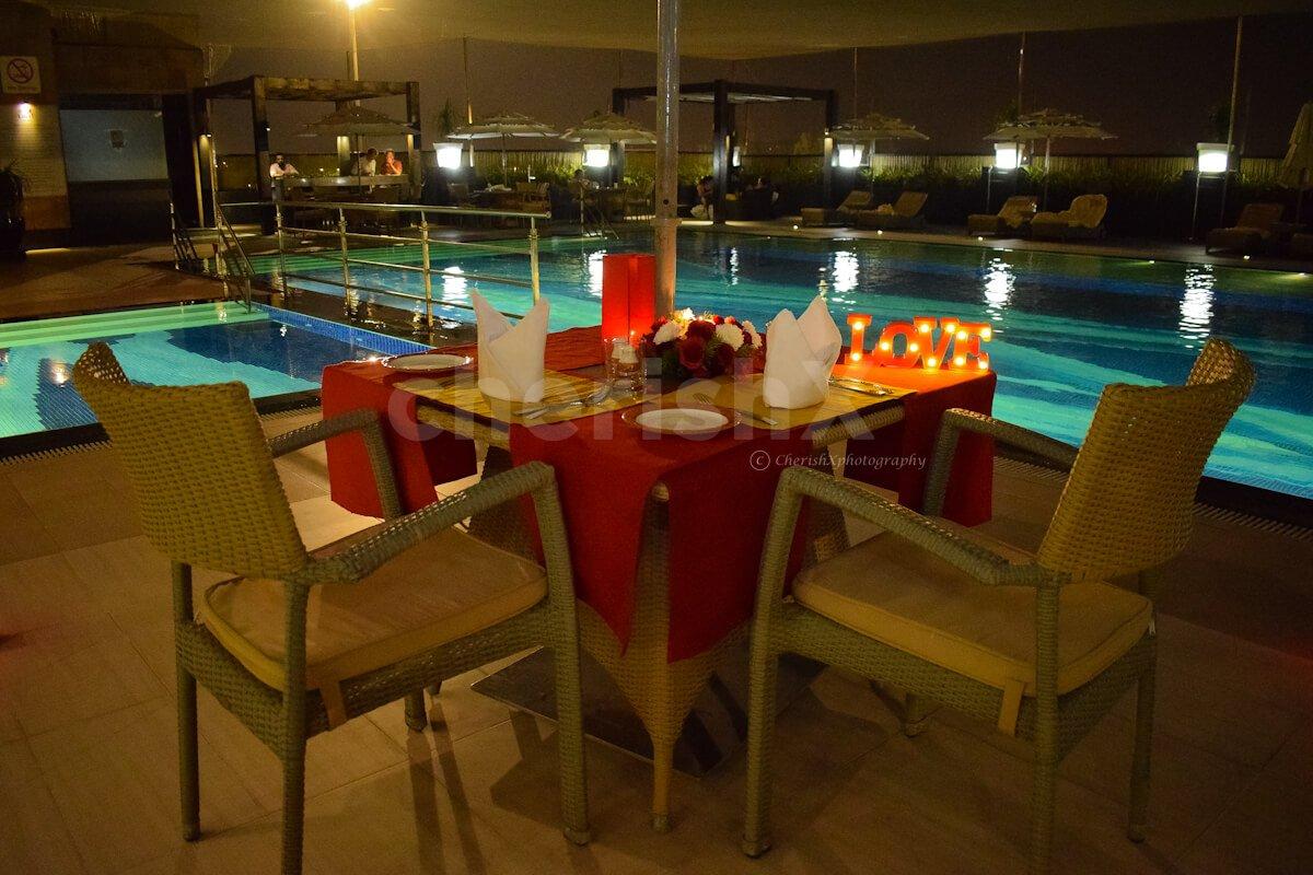 Poolside Candlelight Dinner